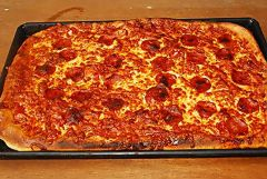 tray-cooked-pizzas.jpg
